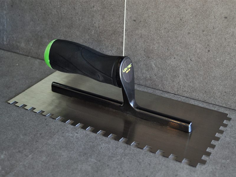 Level Knotched Trowel_8mm